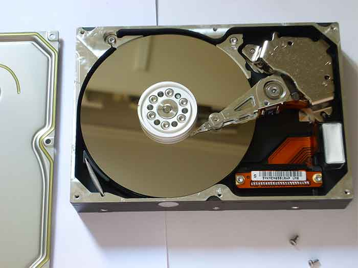 Hard Drive History 1990 | TTR Data Recovery
