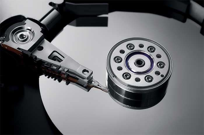 Hard Drive Swivelling Arms | Ttr Data Recovery